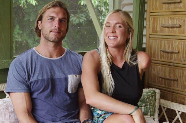 Surfista grávida e com braço amputado te vai deixar com vergonha de ter sempre desculpas - image 2