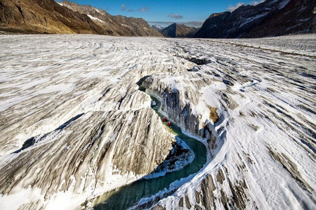 Grupo inova e pratica hydrospeeding na maior geleira dos Alpes - image 4