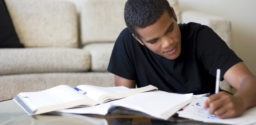 Como estudar em casa: 7 Hábitos essenciais