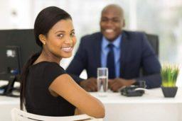 Como te comportares numa entrevista de emprego?