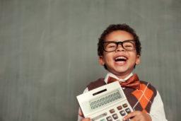 Educação financeira infantil: entende como ensinar os teus filhos sobre finanças